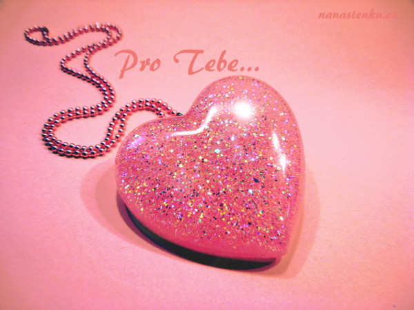 cute-heart-pink-sparkle-Favim.com-692662